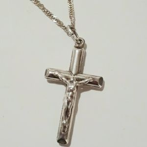 Jewelry - Vintage 925 Crucifix Necklace